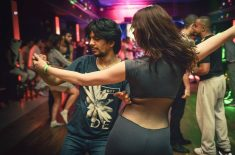 L'inviter a danser !*°
