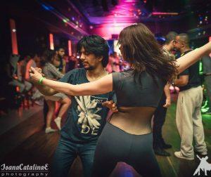 soiree salsa samedi vendredi latino paris sharkys zouk bresilien bachata cours soiree bachata soiree latino courbevoie paris