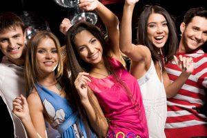 8 trucs pour apprendre à daser la salsa en soiree latino a paris